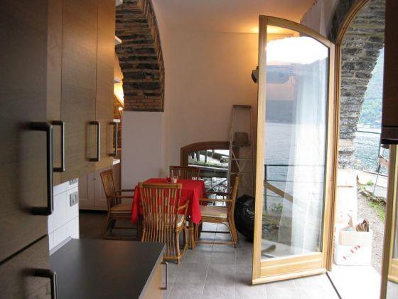 Vissershuis comomeer - Mezzanine woonkamer ...